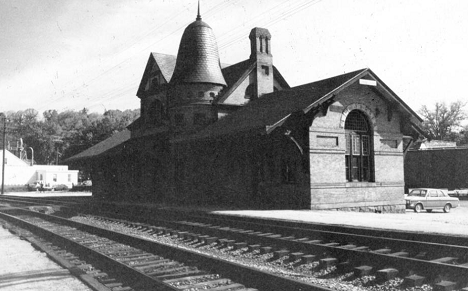 Oakland B&O Railroad Station (June 1970), SE ELEVATION