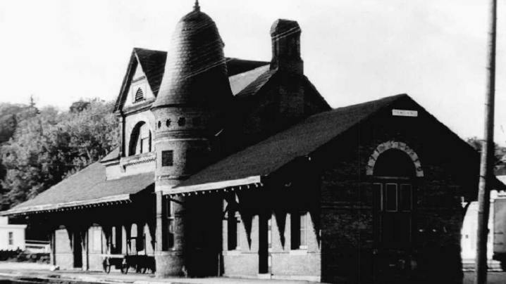 Oakland B&O Museum Ghost Expedition Fall 2015 Oakland, MD [Oakland B&O Rail Station 1970]
